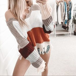 Sweaters - Slouchy Raw Hem Color Block Knit V-Neck Sweater